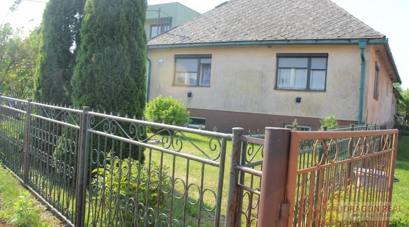 Predaj – dom v zastavanej časti — Záborské